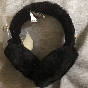 UGG Australia wired earmuffs